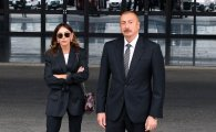 İlham Əliyev və Mehriban Əliyeva Bakıda açılışda (YENİLƏNİB/FOTO)