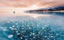 Donmuş Baykal gölünün möhtəşəm fotoları