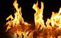 Yasamal sakini evində diri-diri yandı