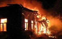 Bakıda 11 ev yandı