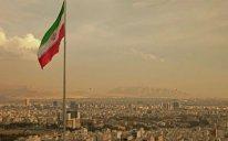 Tehranda növbəti hücum - İnsanların üstünə kimyəvi maddə tökdülər