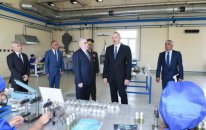 Prezident İlham Əliyev hərbi zavodun açılışında - FOTO