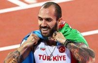 Ramil Quliyev qızıl medalı vəfat edən atasına həsr etdi