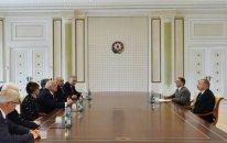 İlham Əliyev sabiq dövlət və hökumət başçılarını qəbul etdi