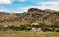 Ermənilər Xocavənddə tarixi abidələrimizi dağıdır