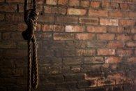İmtahanda aşağı bal toplayan gənc intihar etdi