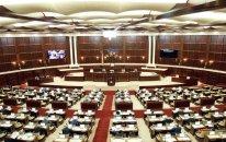 Milli Məclisin plenar iclası başlayıb