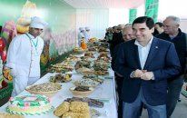 Türkmənistanda ərzaq qıtlığı yaranıb