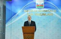 Prezident bir qrup idmançıya ev verdi — FOTO + YENİLƏNİB