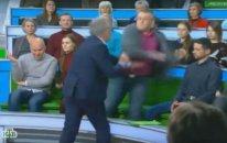 Rusiya telekanalında aparıcı və ukraynalı politoloq arasında dava olub