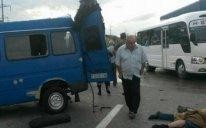 """Mikroavtobusla """"KamAZ"""" toqquşdu - 15 nəfər yaralandı"""