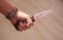 Ər arvadını bıçaqladı