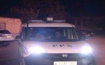 İşdən çıxarıldığını eşidən bağban ev sahiblərinə hücum etdi – Bir öldü, digəri yaralandı (FOTO - VİDEO)