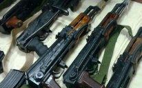 Polis əməliyyat keçirdi, qanunsuz silah-sursat yığıldı