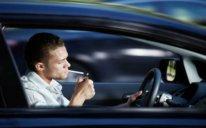 Avtomobillərdə siqaret çəkilməsinin qadağan olunması təklif edilir