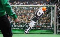 Dünyanın ən sürətli robot qapıçısı Bakıya gətirilir