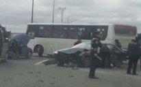 Bakıda marşrut avtobusu QƏZA TÖRƏTDİ, 3 nəfər xəstəxanaya yerləşdirildi