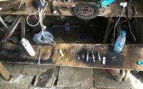 İsmayıllıda avtomobil sexində heroin qəbul edən ustalar tutulub - FOTO