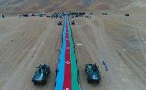 Azərbaycanda 5 km 100 m uzunluqda dövlət bayrağı hazırlandı – FOTO