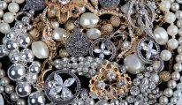 Ölkədə qızıl-gümüş ucuzlaşıb
