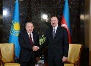 """Prezident """"Türk dünyasının Ali Ordeni""""ni Nursultan Nazarbayevə təqdim edib"""