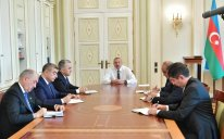 Prezident yeni təyin olunan icra başçılarını qəbul edib – FOTO