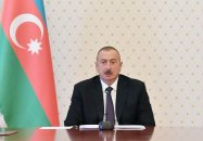 Prezident Sumqayıt Bulvar Kompleksinin yeni salınmış hissəsində olub