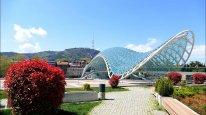 Gürcüstanın turizmdən builki gəliri 3 milyard dolları ötüb