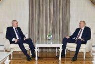 İlham Əliyev BP qrupunun baş icraçı direktorunu qəbul edib