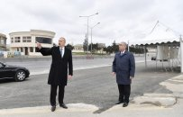Prezident Bakı-Sumqayıt yolunun genişləndirilməsi çərçivəsində görülən işlərlə tanış olub