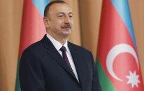 """Prezident:   """"Azərbaycan əsgəri xalqımızın qürur mənbəyidir"""""""