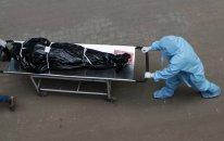 Pandemiya 728 mindən çox insanın ölümünə səbəb oldu
