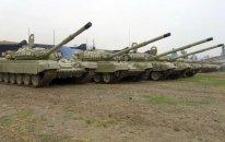 Tank bölmələri artilleriya ilə təlim-döyüş tapşırıqlarını icra edirlər— VİDEO