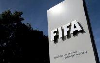 FIFA federasiya prezidentini futboldan ömürlük kənarlaşdırdı