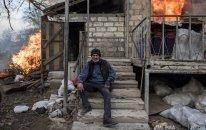Ermənilər Laçını da evləri yandıraraq tərk edirlər  — FOTO
