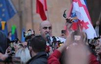 Tbilisidə qarşıdurma: Müxalifət lideri həbs olundu