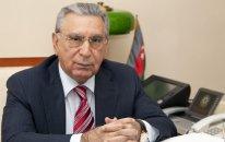 İşdən çıxarılan daha bir direktor Ramiz Mehdiyevi məhkəməyə verdi