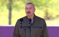 """Prezidentdən Cıdır düzündə tapşırıq: """"Maskaları çıxarın"""" (VİDEO)"""