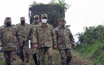 Zakir Həsənov hərbi hissəyə getdi, tapşırıqlar verdi