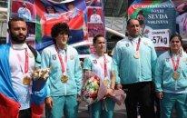 Paralimpiya çempionlarımız vətənə döndü