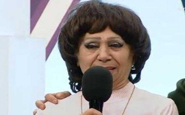 Koronavirusdan sağalan Elmira Rəhimova xəstəxanadan evə buraxıldı
