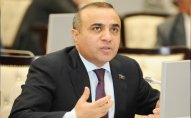 Azay Quliyevin deputatlığa namizədliyi qeydə alınıb
