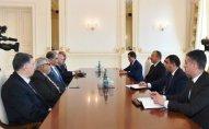 İlham Əliyev iranlı rəsmilərini  qəbul etdi