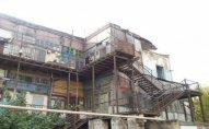 Bakıda bu bina sökülür: hərəyə 200 manat...   - FOTO