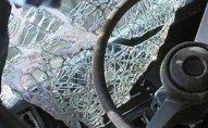 Maşın divara çırpıldı   — 27 yaşlı sürücü öldü