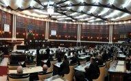 Parlamentin iclası başladı   - Şəhidlərimiz yad edildi