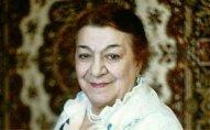 Nəsibə Zeynalova   – 100
