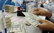 8 banka cəmi 2,9 milyon dollar satıldı