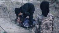 İŞİD azyaşlı uşaqlara baş kəsdirdi - ŞOK FOTOLAR