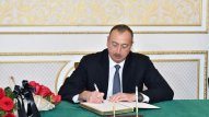 İlham Əliyev İran səfirliyində - FOTO